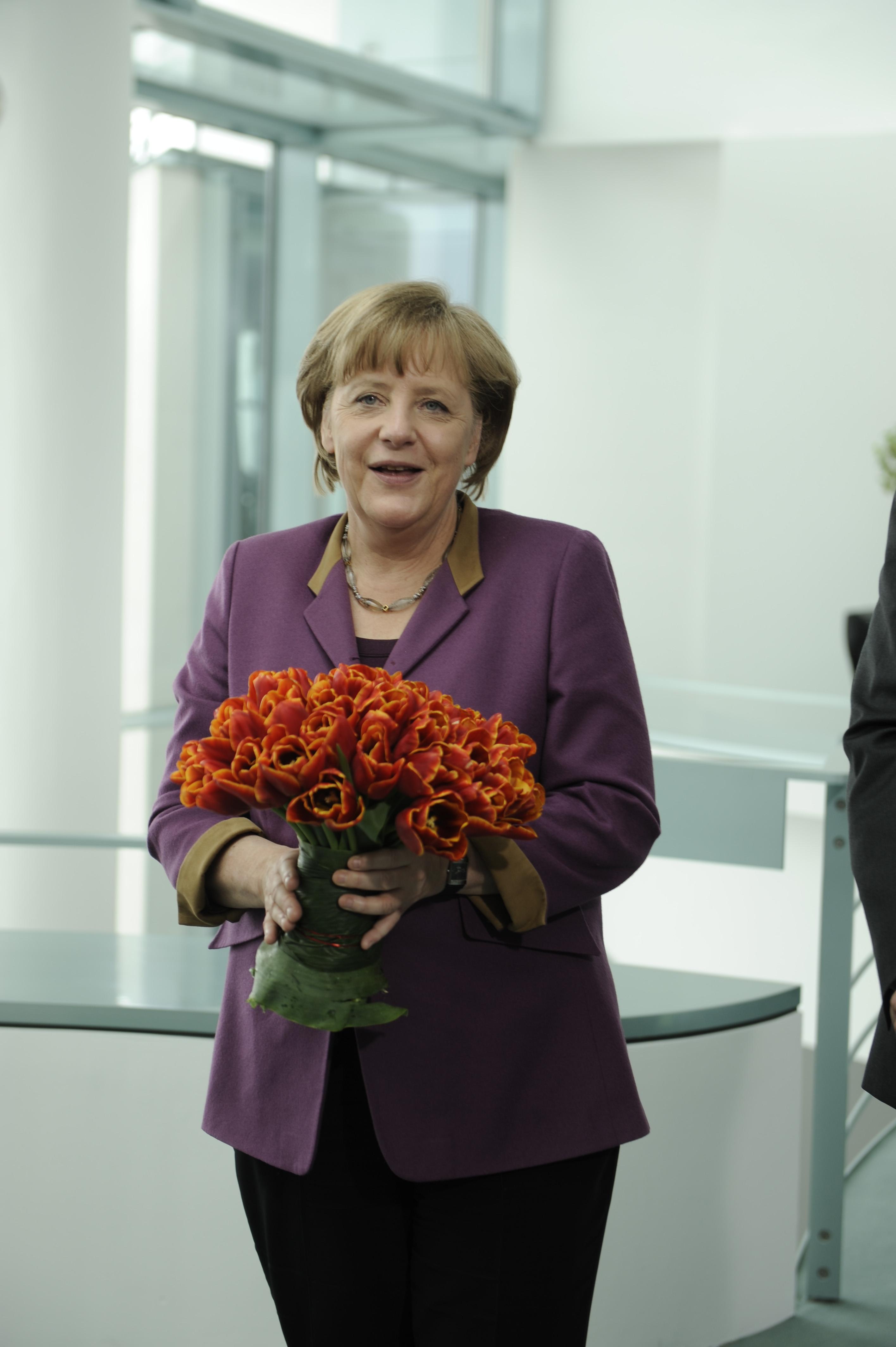 Angela Merkel und ihre Tulpen