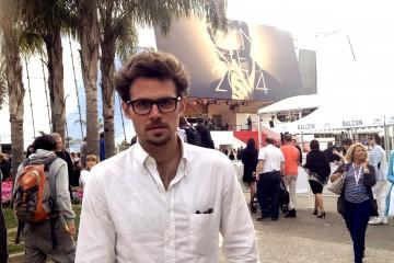 Der Filmemacher aus dem sozialen Brennpunkt vor dem roten Teppich in Cannes. Foto: privat.